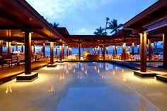 The Flying Fish Restaurant at the Sheraton Resort Fiji.