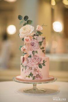 Blynda DaCosta Photography | Cake: Nadia & Co | Planning & Design: As You Wish Weddings | Floral Design: Ooh La La Designs | Venue: The Omni King Edward Hotel | Linens: Have A Seat Inc.