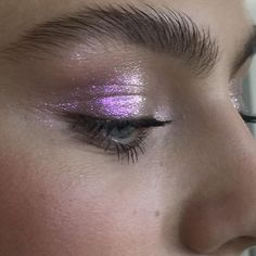 purple shimmery glitter eye make-up