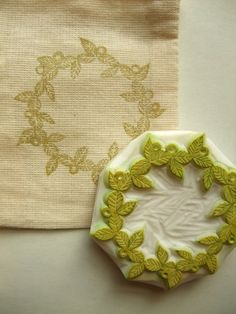 leafy wreath rubber stamp. hand carved rubber by talktothesun