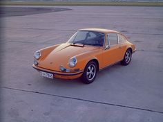 The 911 reconciles apparent contradictions such as sportiness and everyday practicality - even back in 1970.