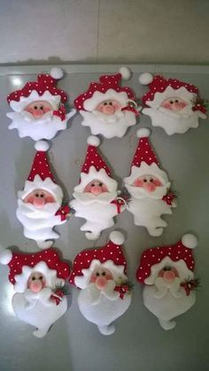 DIY Felt Santa Claus Ornaments - FREE Pattern / Template ***Would make perfect Knomes too.