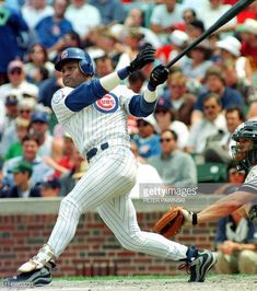 World's Best Sammy Sosa Cubs 1998 Stock Pictures, Photos, and Images - Getty Images Chicago Cubs Wallpaper, Baseball Players, Baseball Cards, Stock Pictures, Stock Photos, Sammy Sosa, Chicago Cubs Baseball, Wrigley Field, Bbc Broadcast