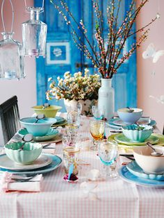 This is charming! I love the dishes all being different in color and design but it all fits together just right.