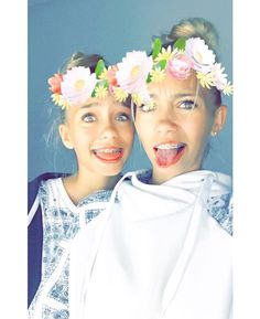 hey guys the are party is at 7:30 eastern time it's a football+basketballs=beach partybring a date!~Lisa and lena