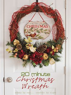 Easy DIY Christmas Wreaths - See more amazing DIY Chrsitmas Wreaths at DIYChristmasDecorations.net!