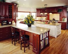 I will be putting down quarter-sawn red-oak flooring in my kitchen, and thought be default, that white painted cabinets would be best. So please show me some stained wood cabinets and wood floor combination's to help me change my mind. Oak Kitchen Cabinets, Cherry Cabinets, Wood Cabinets, Kitchen Flooring, Vinyl Wood Flooring, Luxury Vinyl Flooring, Luxury Vinyl Plank, Oak Flooring, Red Oak Floors