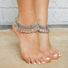Forever Soles Silver Coloured Ankle Bracelet, Chains And Beads -... ($71) ❤ liked on Polyvore featuring jewelry, bracelets, silver, beading jewelry, beaded silver jewellery, silver ankle bracelets, beaded anklets and silver anklet