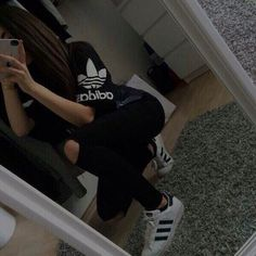 Girl Next Door Fashion. Keys To Finding The Best Sneakers For Women. Are you shopping for the best sneakers for women? Tumblr Photography, Girl Photography Poses, Girl Photo Poses, Girl Photos, Foto Casual, Best Friend Photos, Stylish Boys, Girly Pictures, Adidas Outfit