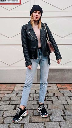 Thick Girls Outfits, Girl Outfits, Casual Outfits, Looks Style, Casual Looks, Fiesta Outfit, Street Trends, Balenciaga Sneakers, Balmain