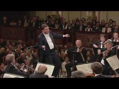 Beethoven: Symphony No.3 in E flat major - Christian Thielemann (Full HD 1080p) - YouTube