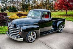 1952 Chevy Pick-up Old Pickup Trucks, Gm Trucks, Lifted Trucks, Cool Trucks, Cool Cars, Dually Trucks, Pickup Camper, Truck Camper, Hot Rod Trucks