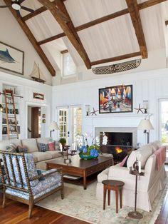 'Coronado Back Bay shingle style.' Ward Jewell Architect, Los Angeles, CA. Laura Hull Photography.