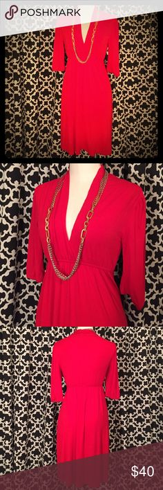 Fossil Red Dress Beautiful red Fossil dress with plunging neckline. Elastic waistband. EUC. 95% rayon, 5% spandex. No trades, PP or M. I'm a fast shipper! 🛍 📦💜 Fossil Dresses