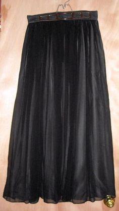 "Jones New York Black Silk Skirt Fits up to 31""Waist Size12 Free Shipping                          Price:US $19.99"