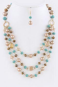 976a1c532e77 Lindo collar sencillo y colorido  collares  collaresbisuteria   collaresdebisuteria  bisuteria  bisuterias