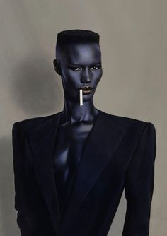 Grace Jones -well known cross-dresser, singer-songwriter, actress, and model- by Jean-Paul Goude. Grace Jones, Ms Jones, Foto Portrait, Portrait Photography, Fashion Photography, Black Is Beautiful, Beautiful Dream, Beautiful Models, Beautiful Pictures