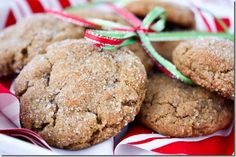 8 Healthy Holiday Cookie Recipes For National Cookie Day!