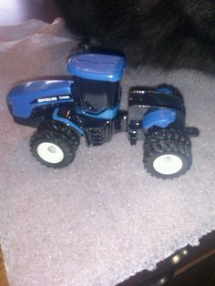 1:64 new holland tj425 4wd farm tractor 1105 #scalemodels #NewHolland