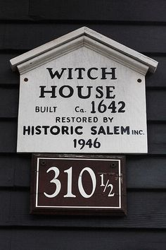 Historic Witch House built in Restored in Salem, Mass. Salem Mass, Salem Witch Trials, Witch House, Haunted Places, Spooky Places, Thing 1, Home Signs, New Hampshire, Rhode Island