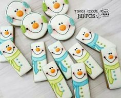 Rectangle and round snowman cookies