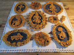 Vizovické pečivo z Halovy pekárny ve Vizovicích Europe Photos, Prague, Czech Republic, Gingerbread, Crochet Earrings, Ceramics, Baking, Country, Christmas