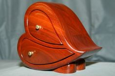 Heart-shaped bandsaw box