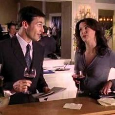<b>Lorelai Gilmore watched <i>The Comeback</i>.</b> Alexis Bledel hated coffee.