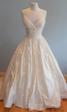 Sample Priscilla Of Boston Wedding Dress Sophie By Vineyard Collection Size 10