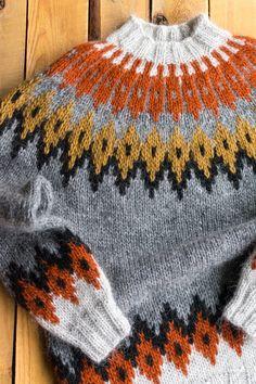 Hand Knitted Sweaters, Boys Sweaters, Knitted Hats, Crochet Blouse, Knit Crochet, Knitting Designs, Knitting Patterns, Norwegian Knitting, Icelandic Sweaters