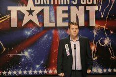 """""""One Chance – Einmal im Leben """": Paul Potts, das Aschenputtel der Oper - 2007 trat ein dicklicher Waliser mit schlechten Zähnen auf die Bühne von """"Britain's Got Talent"""". Oper wolle er singen, sagte er verlegen. Der Rest ist Geschichte. Zur Filmkritik: http://www.nachrichten.at/freizeit/kino/filmrezensionen/Paul-Potts-das-Aschenputtel-der-Oper;art12975,1395162 (Bild: Concorde)"""