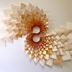 The Way This Engineer Turns Simple Sheets Of Paper Into Geometric Art Is Amazingly Satisfying 30 Pics Bored Panda 3d Art Projects, Sculpture Projects, Geometric Sculpture, Geometric Art, Photo Panda, Arts And Crafts, Paper Crafts, Paper Paper, Paper Wall Art