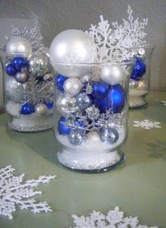 ♛ Centerpiece idea for a blue Christmas theme.
