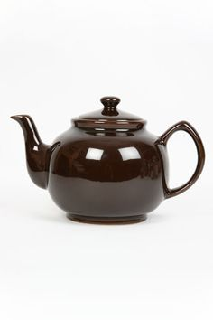 Brown Betty Teapot - Iconic Objects of Desire – Classic Design & Shopping (houseandgarden.co.uk)