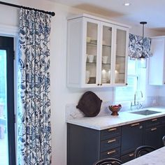 """Our most pinned drapes and roman valance ever! Beautiful kitchen design by @cameronmacneil #toniclivingdrapes #tonicliving #interior #kitchendesign"""