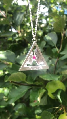 This is a Onesoul Daughter Mother Silver Pendant with a Pink Tourmaline Gemstone Wedding Jewelry, Gold Jewelry, Fine Jewelry, Tourmaline Gemstone, Pink Tourmaline, Gold Pendants, Jewelry Organization, Indian Jewelry, Daughter