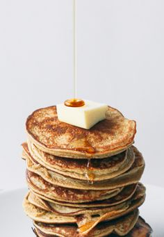 2 ingredient healthy pancakes (gluten, grain and dairy free, no added sugar)