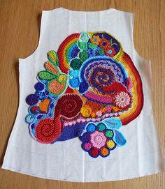 Freeform Cardigan Scrumble 6 + Back Pattern www.bizzyhands.nl