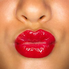 10 Stay-All-Day Lipsticks Sick of lipstick that comes right off? These beauty tips and products solve all of your makeup worries. Stay On Lipstick, Best Lipstick Color, Best Lipsticks, Lipstick Colors, Lipstick Tricks, Mascara Tricks, Lipstick Swatches, Lip Colour, Lipstick Shades
