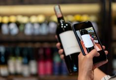 EU wine and spirits to provide nutritional information and ingredients via new e-label Taittinger Champagne, Recycling Information, Wine Education, Absolut Vodka, Wine Brands, Nutrition Information, Wine And Spirits, Apple Watch