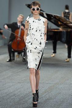Erdem Spring 2014 Ready-to-Wear Fashion Show - Ruby Jean Wilson
