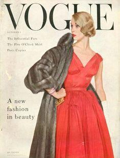 Vintage Fashion - Jean Patchett cover Vogue October 1953 photo Horst P. Vogue Magazine Covers, Fashion Magazine Cover, Fashion Cover, Vogue Fashion, 1950s Fashion, Fashion Models, Vintage Fashion, Vintage Couture, 1950s Style