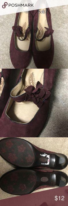 Shoes TJ maxx deal...never worn...Sofft brand...velvet feel. Shoes Heels