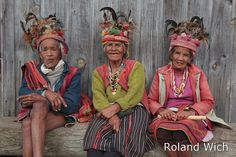 Philippines | Banaue - Ifugaos elders | © Roland Wich