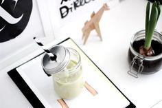 banana avocado smoothie, urban outfitters to go jar, white interior, Scandinavian interior, Nordic interior frichic.com