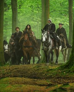 Claire Randall (Caitriona Balfe) and Jamie Fraser (Sam Heughan) in Outlander on Starz via http://outlandertvnews.com/2014/09/official-photos-from-outlander-episode-108-both-sides-now-including-a-first-look-at-simon-meacock-as-hugh-munro/