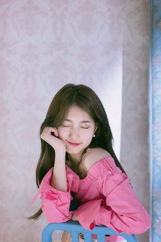Suzy-2018 SEASON'S GREETINGS