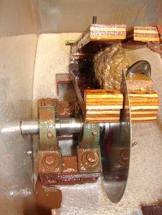 Pulley rock tumbler motor