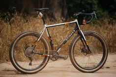 Jeremy's Stinner Baja Buggy 27.5 Monster Cross Bike | The Radavist