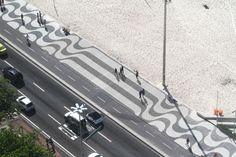 Copacabana Lisa Mundo Do Marketing, Guerilla Marketing, S Wave, Advertising, Ads, Visual Communication, Pavement, Urban Design, Interior Architecture
